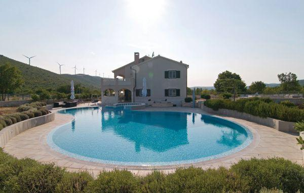 4 bedroom Villa in Trogir-Bristivica, Trogir, Croatia : ref 2183799 - Image 1 - Gornji Seget - rentals