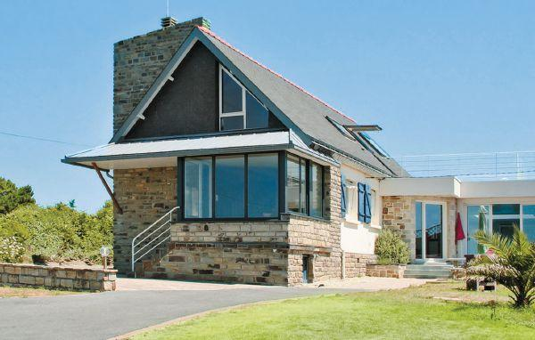 4 bedroom Villa in Moelan sur Mer, Finistere, France : ref 2184471 - Image 1 - Port-Manech - rentals