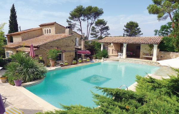 4 bedroom Villa in Orgon, Bouches Du Rhone, France : ref 2185529 - Image 1 - Orgon - rentals