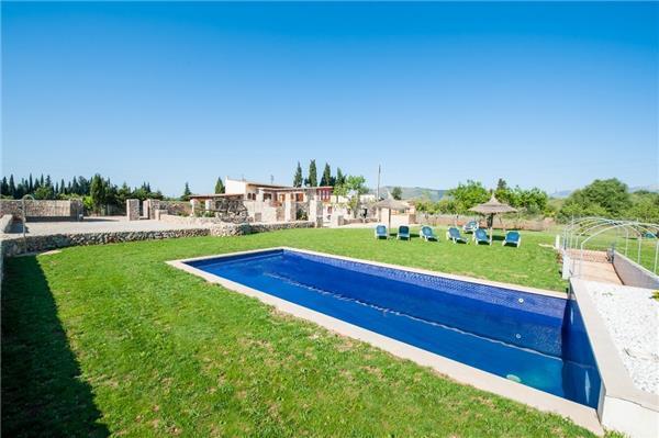 5 bedroom Villa in Llubi, Mallorca : ref 2210634 - Image 1 - Llubi - rentals