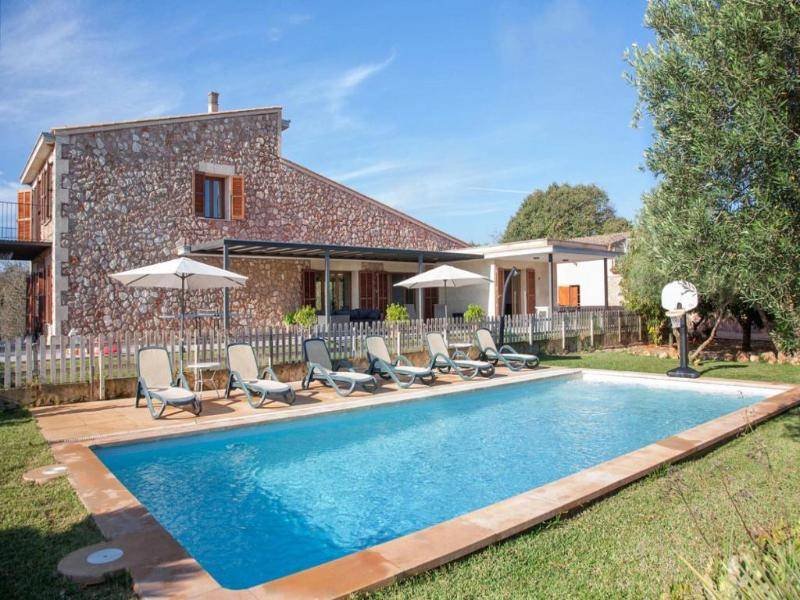 5 bedroom Villa in Buger, Buger Countryside, Mallorca, Mallorca : ref 2213523 - Image 1 - Buger - rentals
