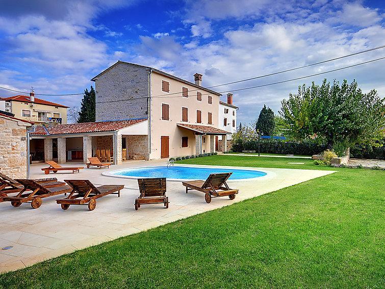 5 bedroom Villa in Rovinj Bale, Istria, Croatia : ref 2214162 - Image 1 - Golas - rentals
