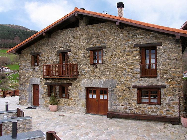 6 bedroom Villa in Donostia San Sebastian, Basque Country, Spain : ref 2217156 - Image 1 - Berrobi - rentals