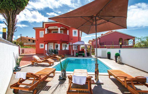 7 bedroom Villa in Pula, Croatia : ref 2219158 - Image 1 - Stinjan - rentals