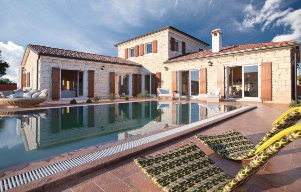 3 bedroom Villa in Vodnjan-Cabrunici, Vodnjan, Croatia : ref 2219349 - Image 1 - Cabrunici - rentals