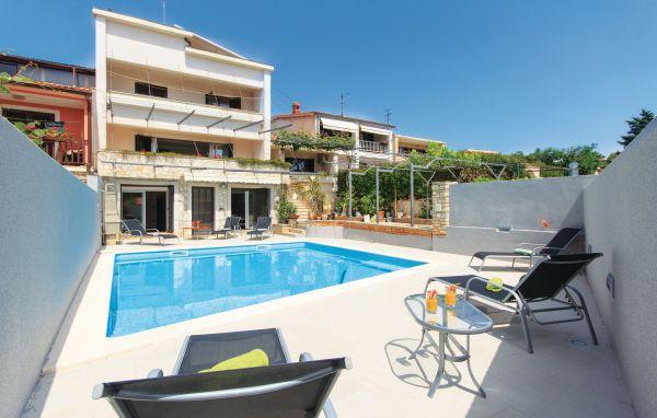 9 bedroom Villa in Pula, Croatia : ref 2219430 - Image 1 - Pula - rentals