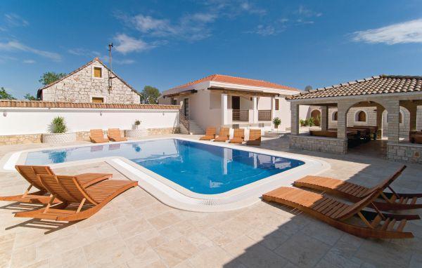 8 bedroom Villa in Trogir-Seget Gornji, Trogir, Croatia : ref 2219759 - Image 1 - Seget Donji - rentals