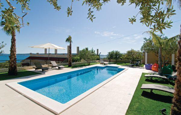 6 bedroom Villa in Trogir-Kastel Gomilica, Trogir, Croatia : ref 2219912 - Image 1 - Kastel Gomilica - rentals