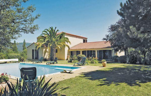 5 bedroom Villa in Prades, Pyrenees Orientales, France : ref 2220319 - Image 1 - Codalet - rentals