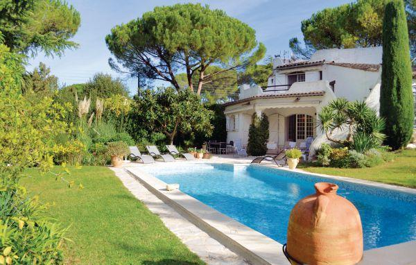 3 bedroom Villa in Mougins, Alpes Maritimes, France : ref 2221549 - Image 1 - Mouans-Sartoux - rentals