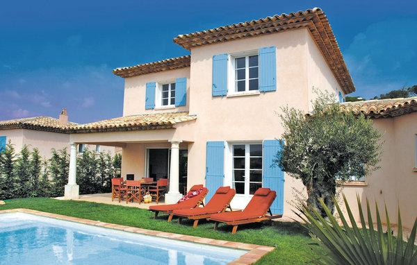 3 bedroom Villa in Ste-Maxime, Var, France : ref 2221832 - Image 1 - Saint-Maxime - rentals