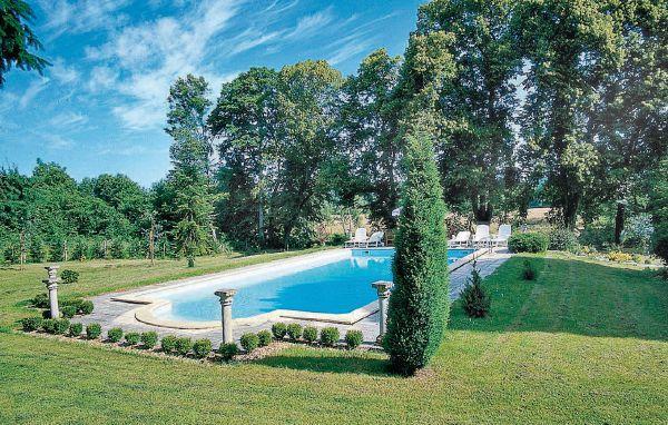 10 bedroom Villa in St Medard de Mussidan, Dordogne, France : ref 2221979 - Image 1 - Saint-Medard-de-Mussidan - rentals