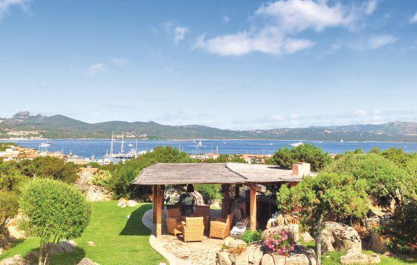 6 bedroom Villa in Porto Rotondo, Sardinia, Italy : ref 2222462 - Image 1 - Porto Rotondo - rentals
