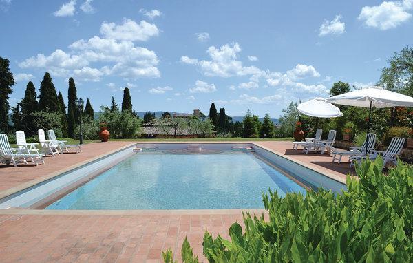 4 bedroom Villa in Tavarnelle Val di Pesa, Chianti, Italy : ref 2222590 - Image 1 - Tavarnelle Val di Pesa - rentals