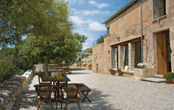 4 bedroom Villa in Ariany, Majorca, Mallorca : ref 2222904 - Image 1 - Ariany - rentals