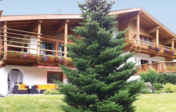 5 bedroom Villa in Luxus-Chalet/Kitzbuhel, Tirol, Austria : ref 2224923 - Image 1 - Aurach bei Kitzbuehel - rentals