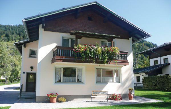 4 bedroom Villa in Kleinarl, Salzburg Region, Austria : ref 2224943 - Image 1 - Kleinarl - rentals