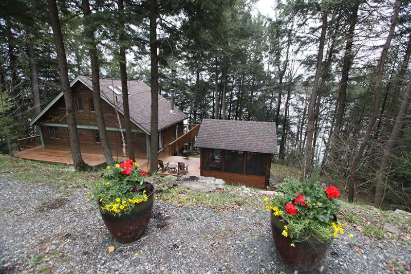 Redstone cottage (#1059) - Image 1 - Haliburton - rentals