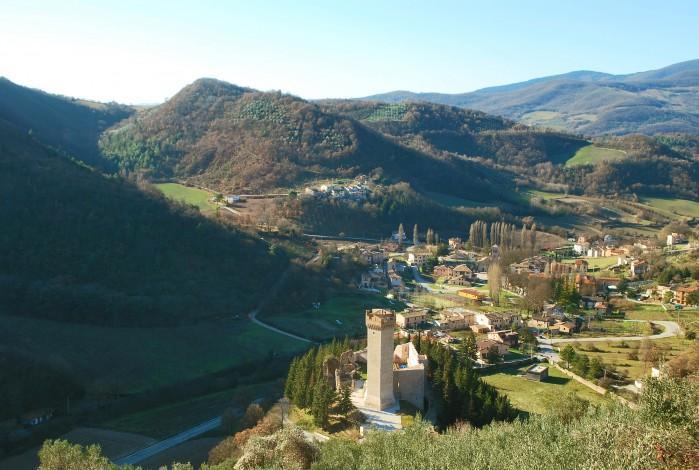 4 bedroom Villa in Near Foligno, Perugia, Umbria, Italy : ref 2226459 - Image 1 - Capodacqua - rentals