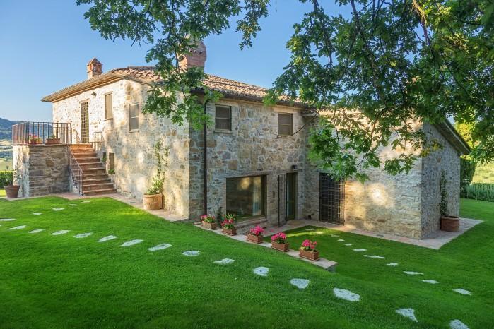 7 bedroom Villa in Nr. Umbertide, Borders Of Umbria, Tuscany, Italy : ref 2226492 - Image 1 - Spedalicchio - rentals