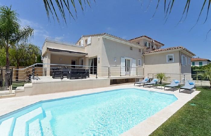 4 bedroom Villa in Cagnes Sur Mer, Cote D Azur, France : ref 2226498 - Image 1 - Cagnes-sur-Mer - rentals