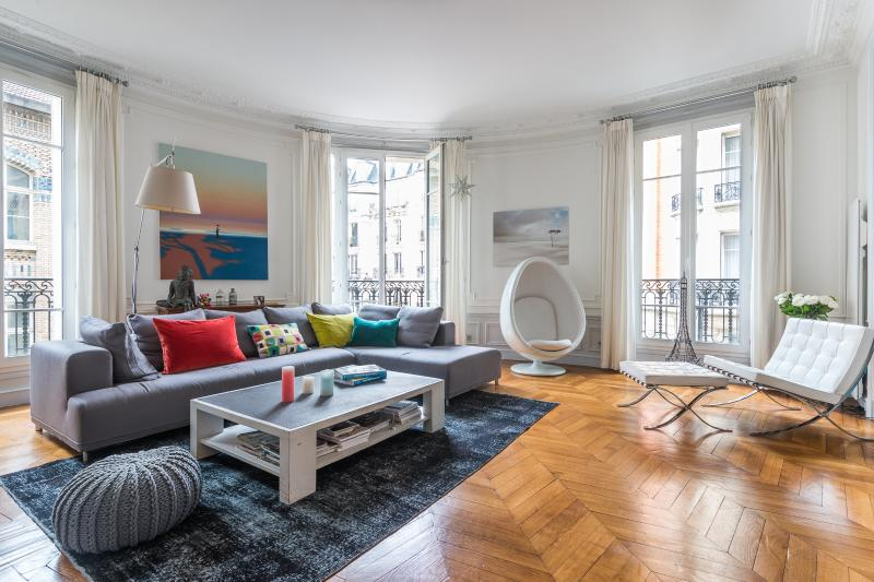 onefinestay - Rue Marietta Martin private home - Image 1 - Paris - rentals