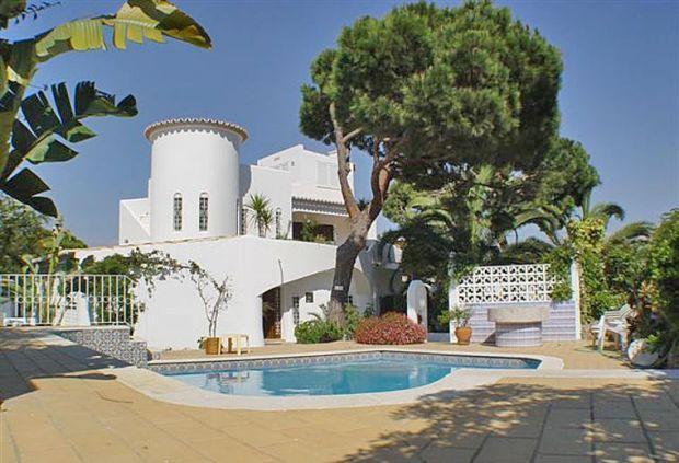 3 bedroom Villa in Vale Do Garrao, Vale Do Lobo, Algarve, Portugal : ref 2231641 - Image 1 - Vale do Garrao - rentals