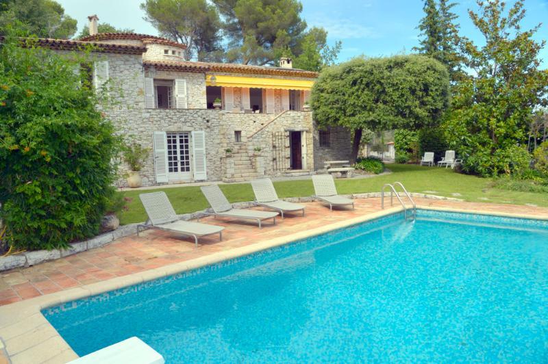 5 bedroom Villa in St Paul De Vence, Cote D Azur, France : ref 2232731 - Image 1 - Saint-Paul-de-Vence - rentals