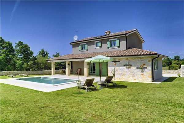 4 bedroom Villa in Jursici, Istria, Croatia : ref 2233098 - Image 1 - Jursici - rentals