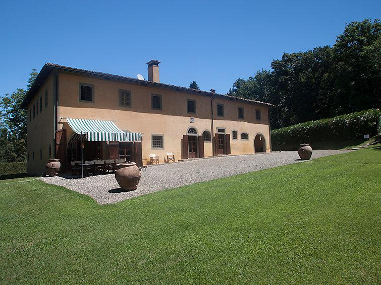 6 bedroom Villa in Ponsacco, Lucca Pisa, Italy : ref 2235378 - Image 1 - Capannoli - rentals