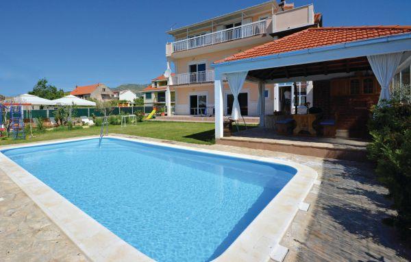 7 bedroom Villa in Trogir-Kastel Luksic, Trogir, Croatia : ref 2238597 - Image 1 - Kastel Luksic - rentals