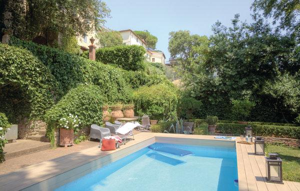 6 bedroom Villa in Larciano Castello, Montecatini / Pistoia And Surroundings - Image 1 - Larciano - rentals