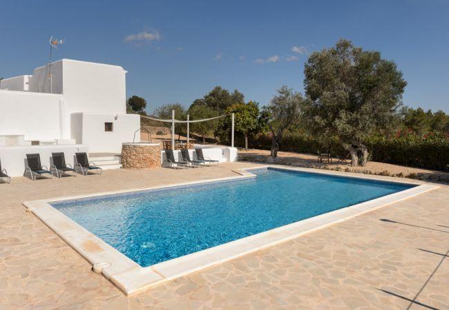 5 bedroom Villa in Santa Gertrudis, Ibiza : ref 2239980 - Image 1 - Santa Gertrudis - rentals