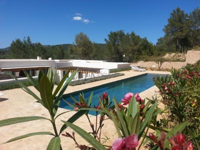 4 bedroom Villa in Santa Eulalia, Islas Baleares, Ibiza : ref 2240124 - Image 1 - Santa Eulalia del Rio - rentals