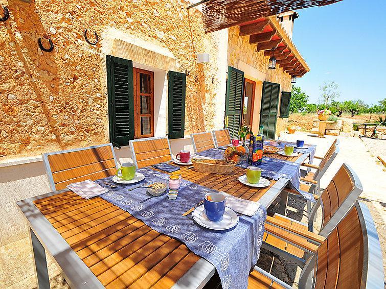 6 bedroom Villa in Costitx, Mallorca, Mallorca : ref 2242257 - Image 1 - Costitx - rentals
