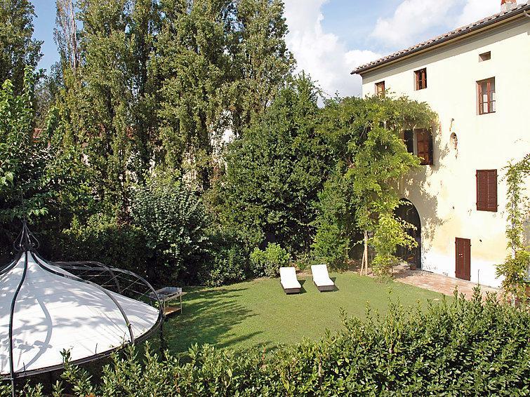 13 bedroom Villa in Pisa, Lucca Pisa, Italy : ref 2243188 - Image 1 - Navacchio - rentals