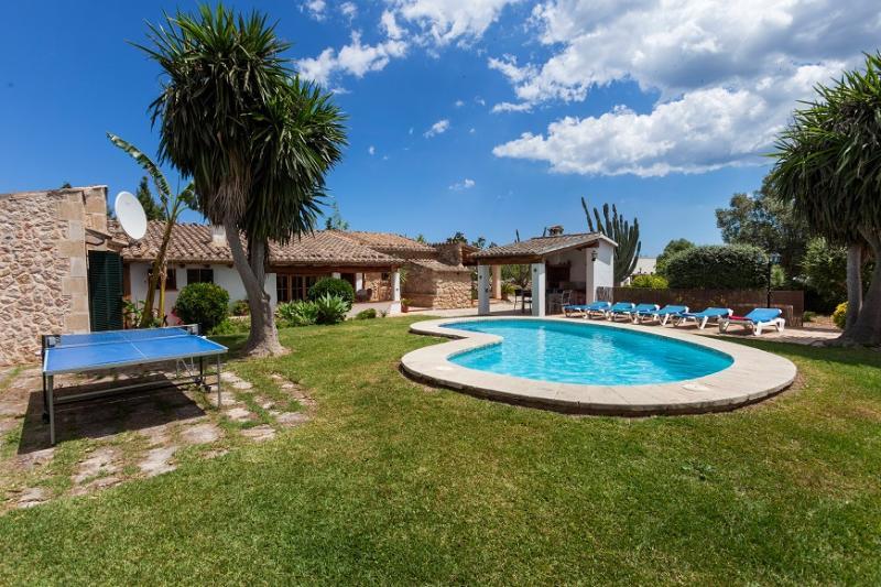 3 bedroom Villa in Puerto Pollenca, Mallorca, Mallorca : ref 2244320 - Image 1 - Pollenca - rentals