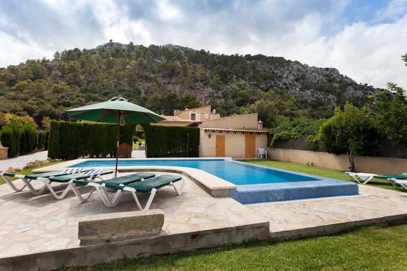 3 bedroom Villa in Pollença, Mallorca, Mallorca : ref 2244318 - Image 1 - Pollenca - rentals