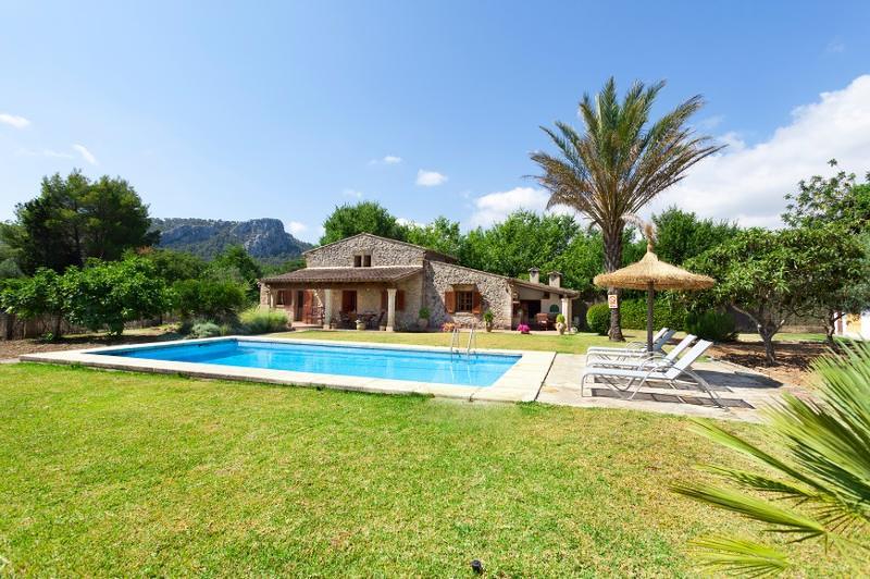 2 bedroom Villa in Pollença, Mallorca, Mallorca : ref 2244325 - Image 1 - Pollenca - rentals