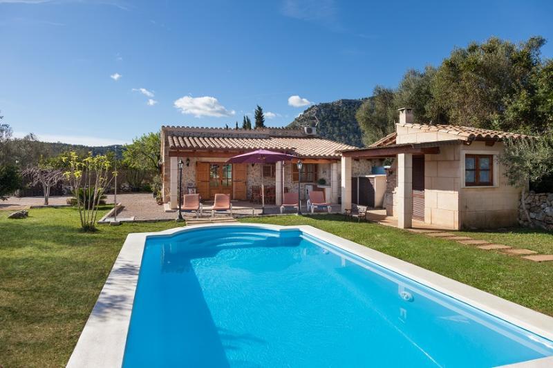 2 bedroom Villa in Pollença, Mallorca, Mallorca : ref 2244326 - Image 1 - Pollenca - rentals