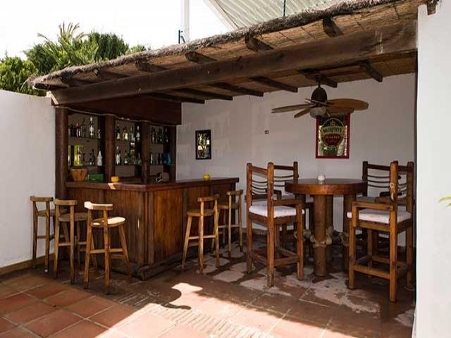 4 bedroom Villa in Puerto Banus, Spain : ref 2245769 - Image 1 - Nueva Andalucia - rentals