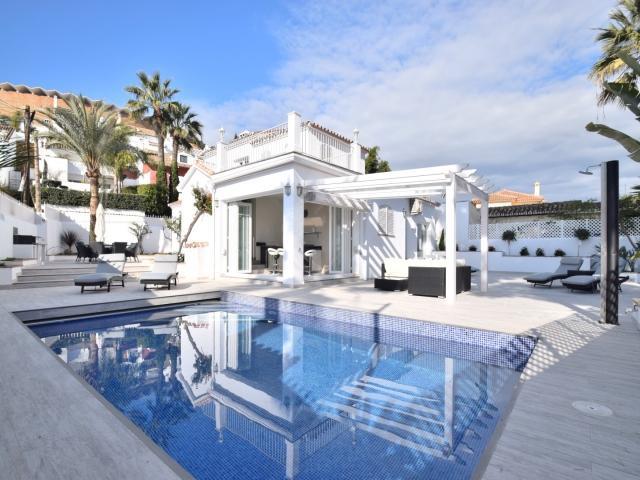4 bedroom Villa in Puerto Banus, Malaga, Marbella, Spain : ref 2245771 - Image 1 - Nueva Andalucia - rentals