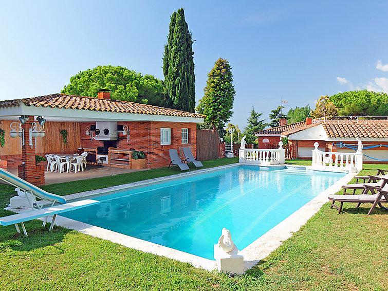 4 bedroom Villa in Sant Andreu de Llavaneres, Barcelona Costa Norte, Spain : ref 2253114 - Image 1 - Sant Andreu de Llavaneres - rentals