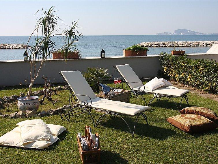 5 bedroom Villa in Formia, Lazio, Italy : ref 2253732 - Image 1 - Trivio - rentals