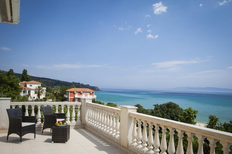 3 bedroom Villa in Lourdas, Kefalonia, Greece : ref 2259515 - Image 1 - Lourdata - rentals