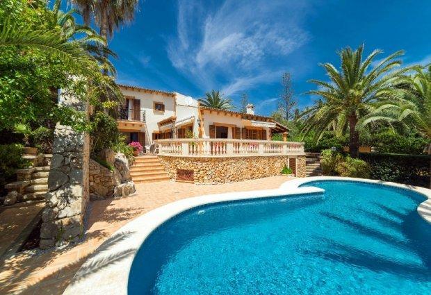 4 bedroom Villa in Cala Bona, Mallorca, Mallorca : ref 2259691 - Image 1 - Cala Millor - rentals