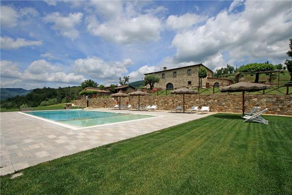 9 bedroom Villa in Bibbiena, Tuscany, Italy : ref 2265290 - Image 1 - Soci - rentals