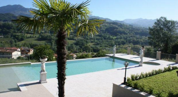 7 bedroom Villa in Camporgiano, Tuscany, Italy : ref 2265926 - Image 1 - Camporgiano - rentals