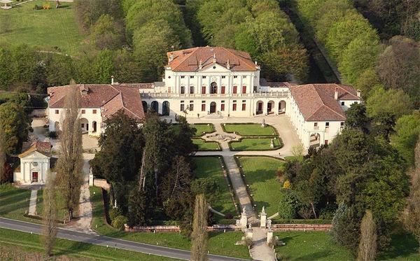 4 bedroom Apartment in Levada, Veneto, Italy : ref 2266099 - Image 1 - Badoere - rentals