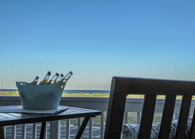 Relax on your private balcony with a great view of the Gulf of Mexico - Call Now to enjoy 25% the nightly rental rate this Fall-Winter Season! - Corpus Christi - rentals